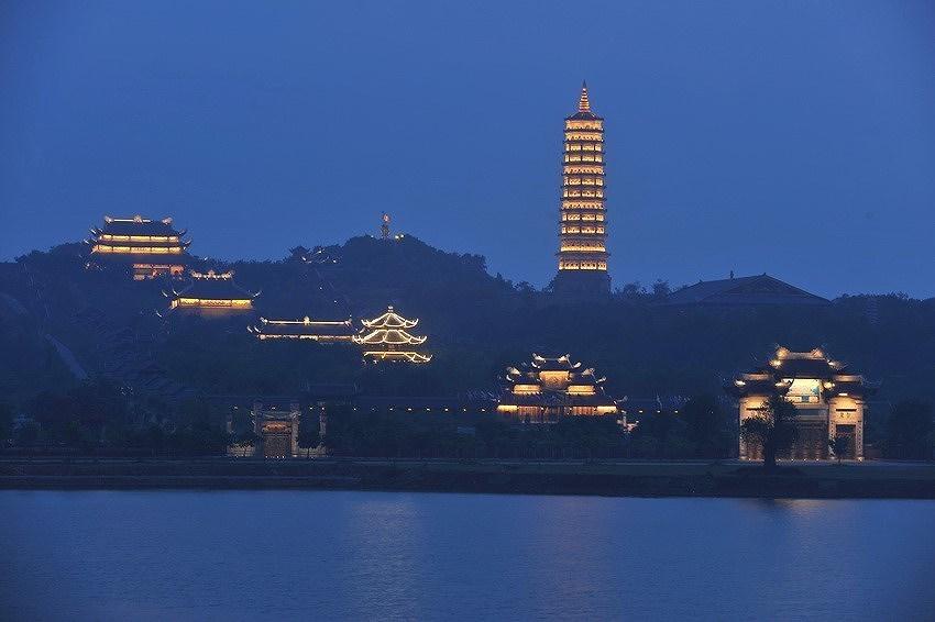 Ниньбинь - привлекательныи краи для туристов hinh anh 9
