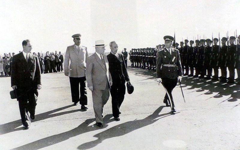 131 год со дня рождения президента Хо Ши Мина (19 мая 1890 г. - 19 мая 2021 г.): эпоха Хо Ши Мина hinh anh 11