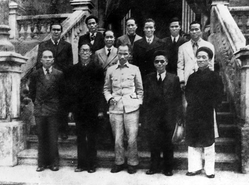 131 год со дня рождения президента Хо Ши Мина (19 мая 1890 г. - 19 мая 2021 г.): эпоха Хо Ши Мина hinh anh 4