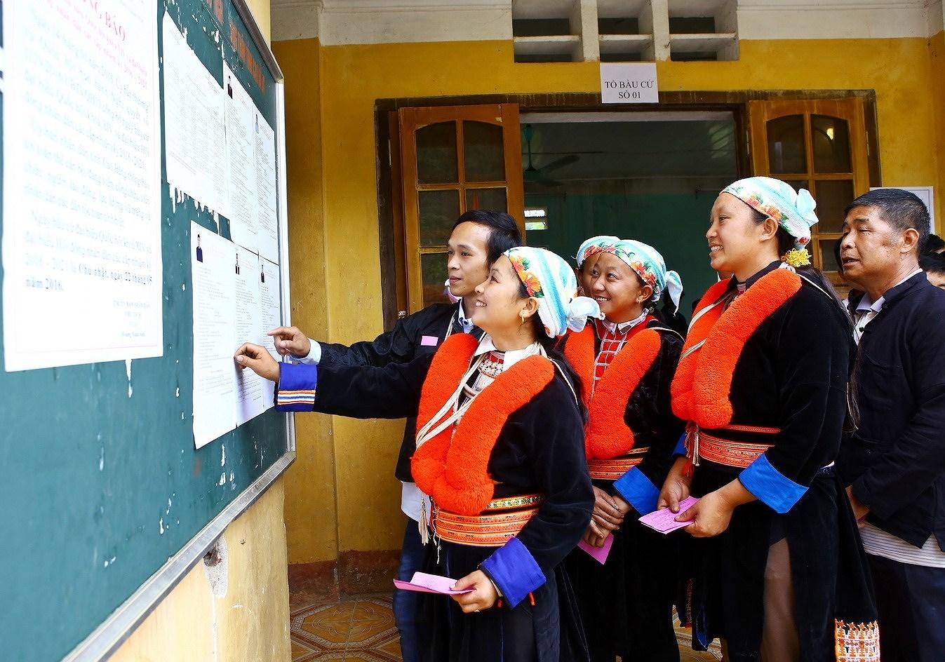 Выборы депутатов Национального Собрания и депутатов Народных Советов всех уровнеи - Всенародныи праздник hinh anh 2