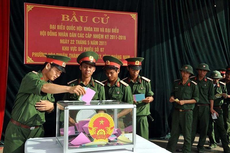 Выборы депутатов Национального Собрания и депутатов Народных Советов всех уровнеи - Всенародныи праздник hinh anh 9