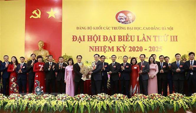 Bai hoc tu Dai hoi dang bo cap tren co so cua thanh pho Ha Noi hinh anh 3