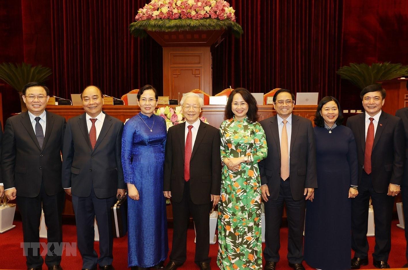 Be mac Hoi nghi lan thu ba Ban Chap hanh Trung uong Dang khoa XIII hinh anh 2