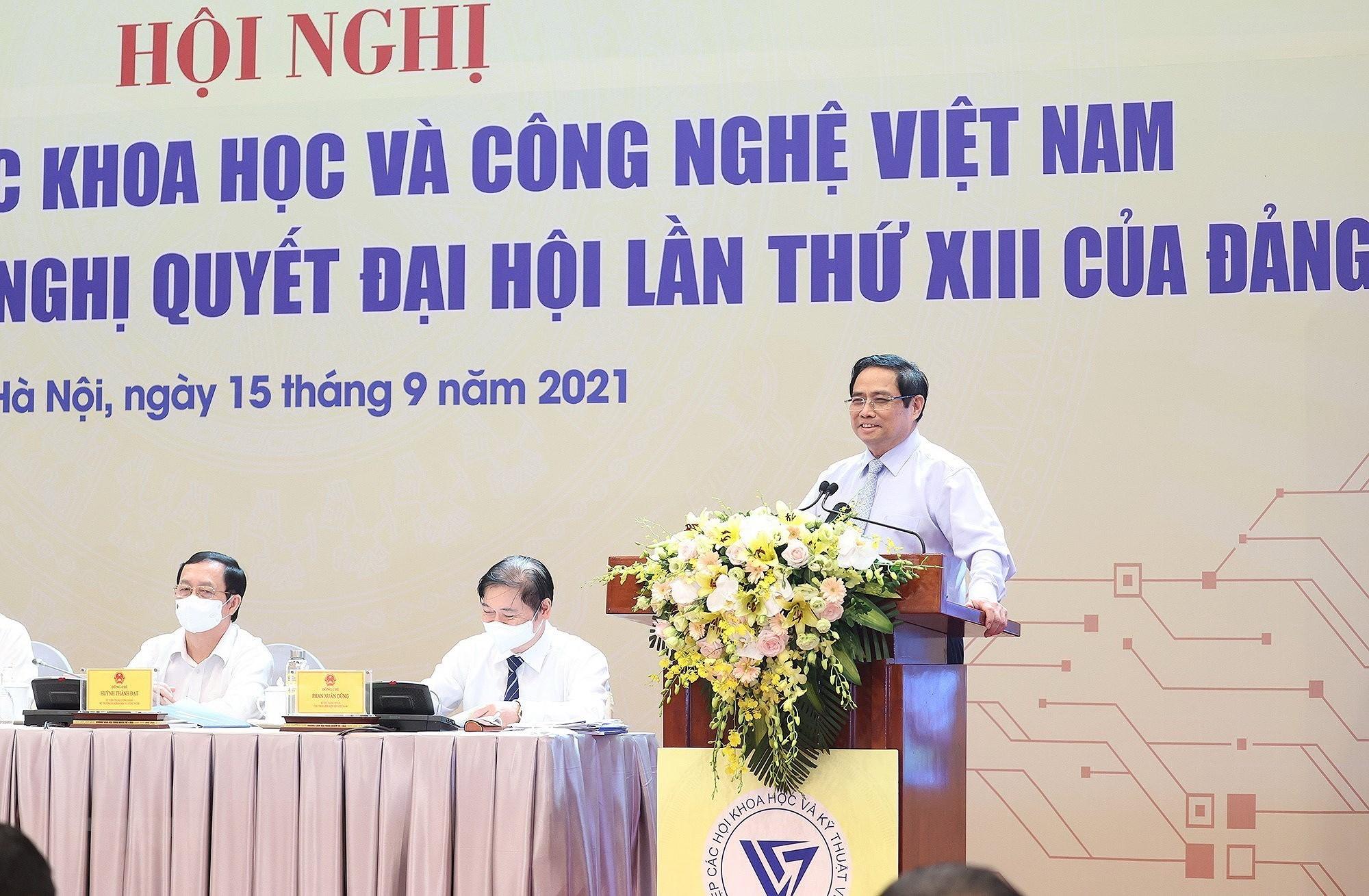 Thu tuong du Hoi nghi doi ngu tri thuc khoa hoc va cong nghe Viet Nam hinh anh 1