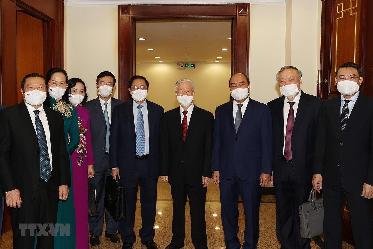 [Photo] Hoi nghi lan thu tu Ban Chap hanh Trung uong Dang khoa XIII hinh anh 8