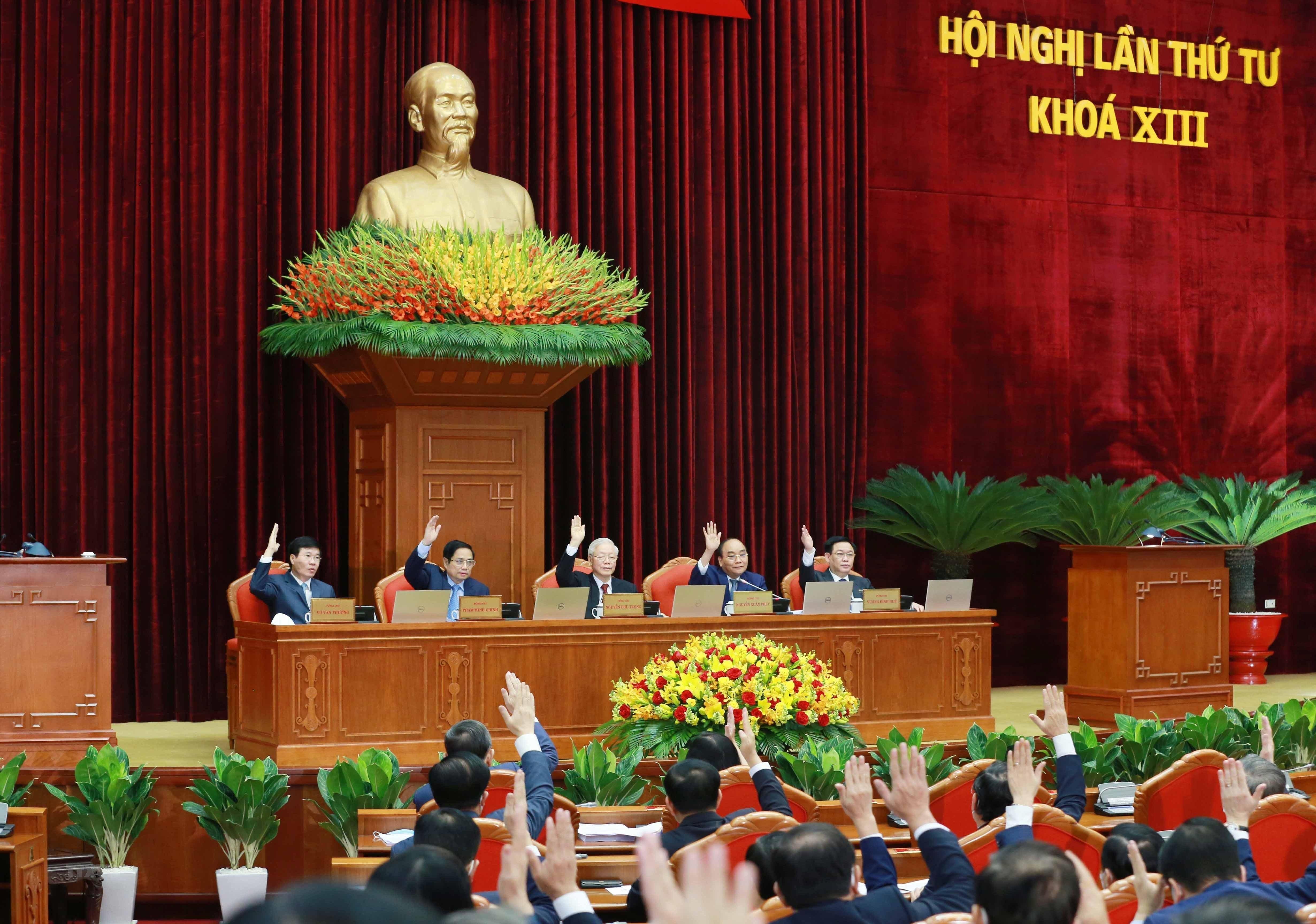 [Photo] Hoi nghi lan thu tu Ban Chap hanh Trung uong Dang khoa XIII hinh anh 1