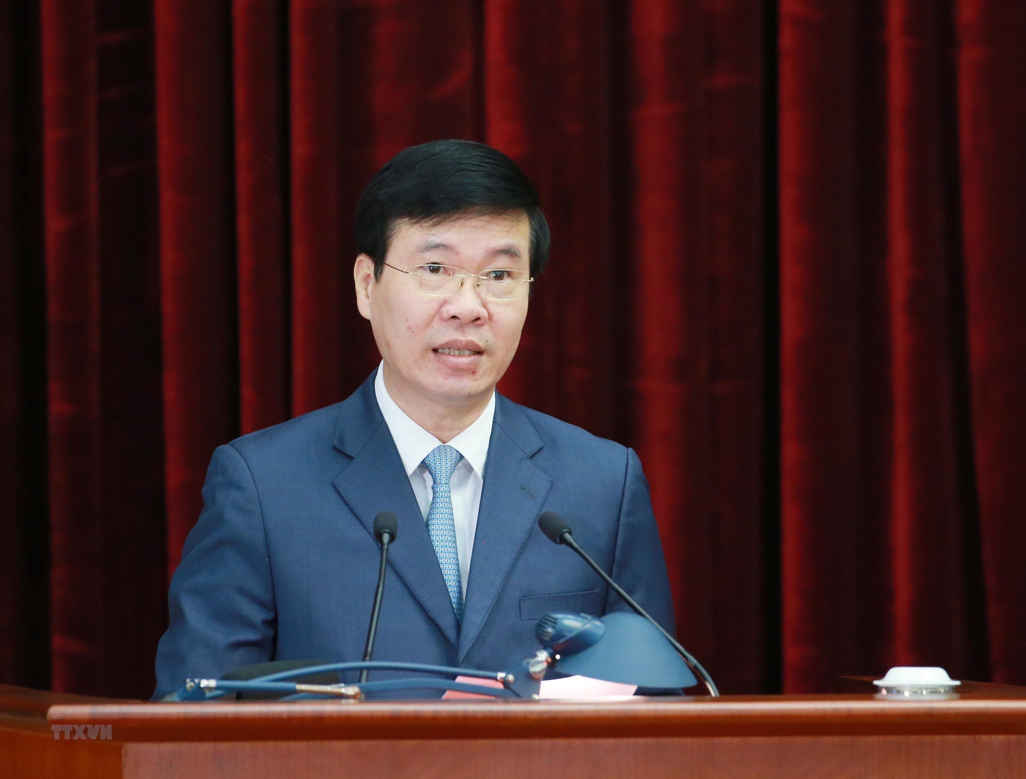[Photo] Hoi nghi lan thu tu Ban Chap hanh Trung uong Dang khoa XIII hinh anh 13