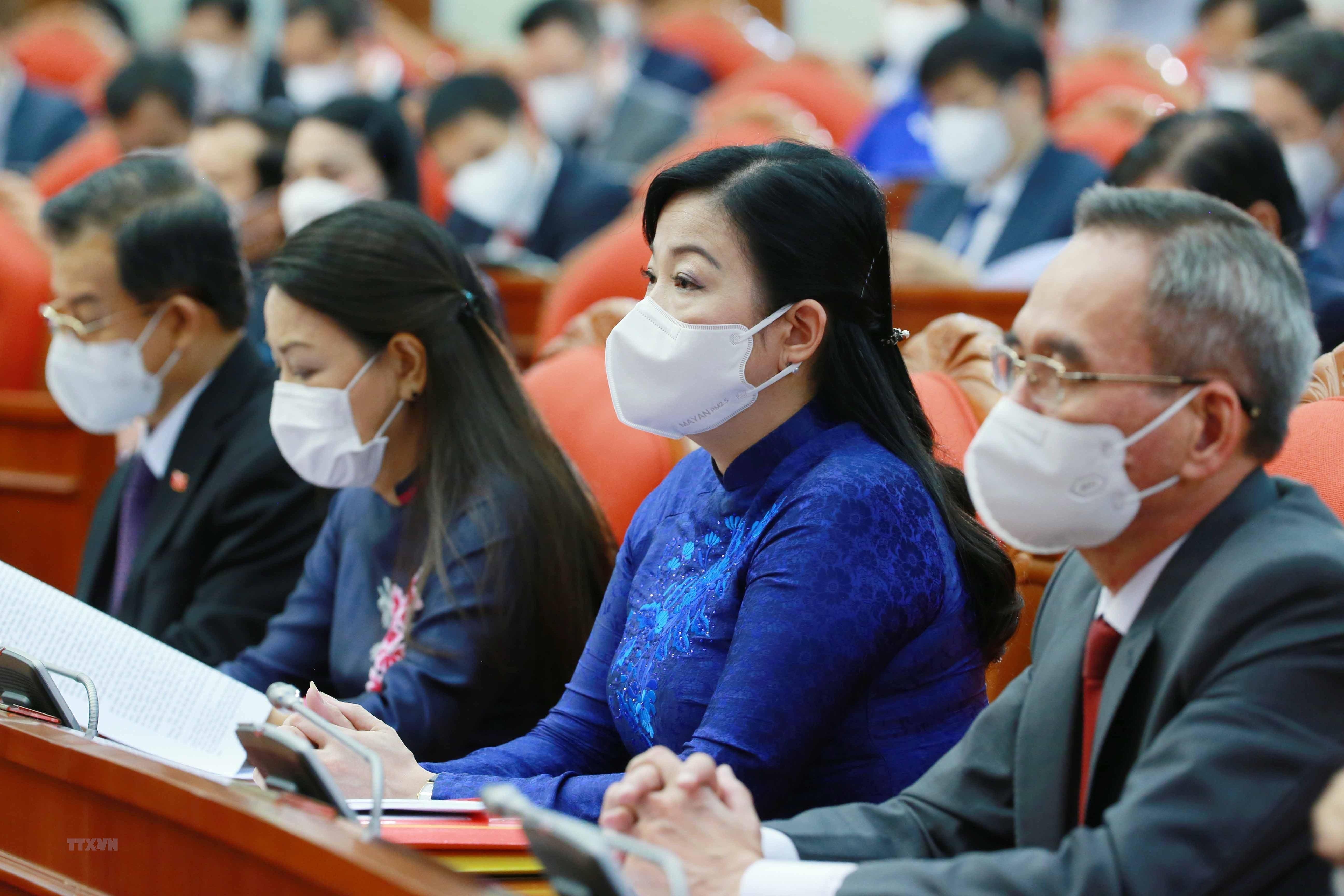 [Photo] Hoi nghi lan thu tu Ban Chap hanh Trung uong Dang khoa XIII hinh anh 16