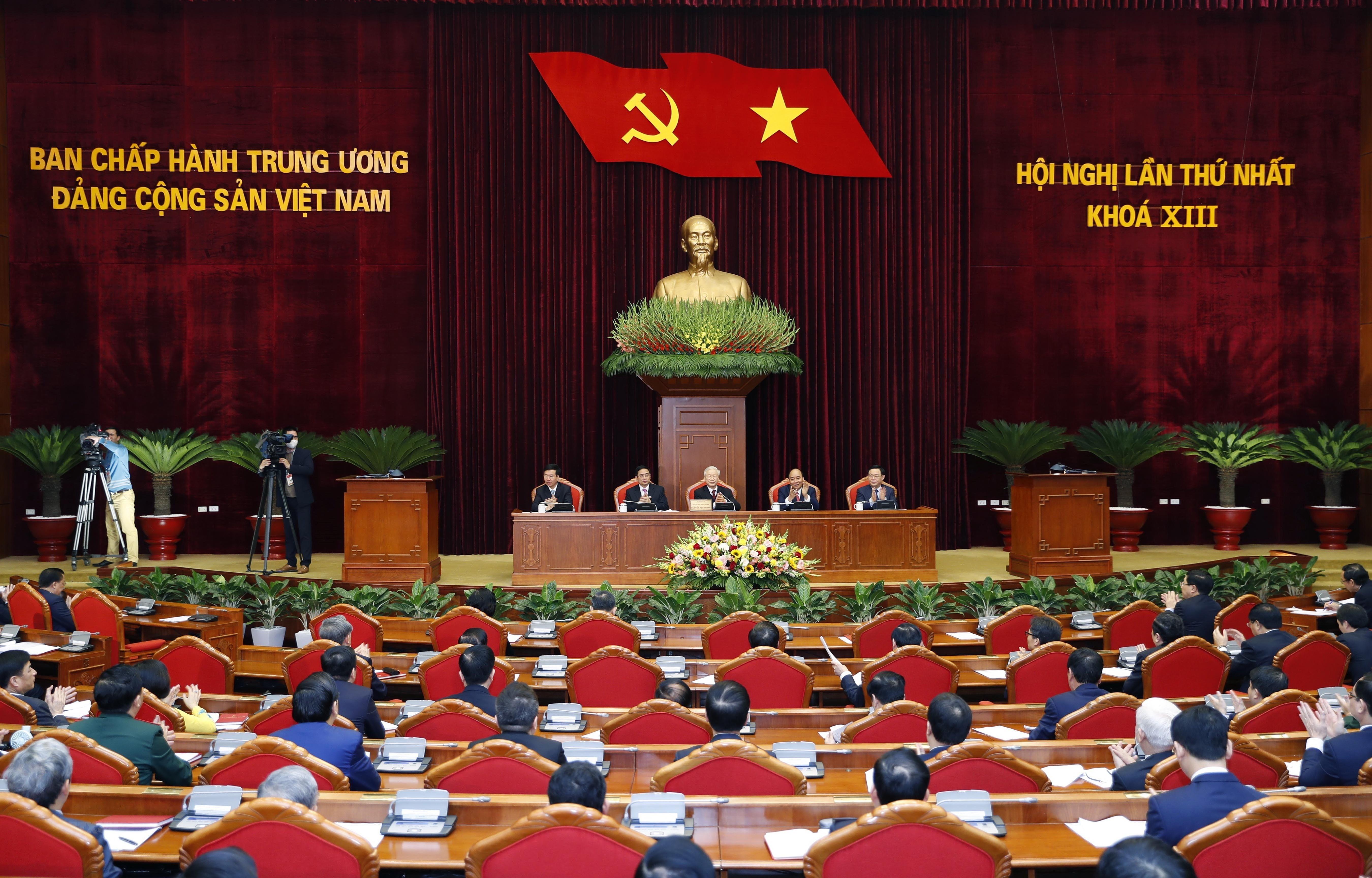 Dong bao mien Trung-Tay Nguyen tin tuong truoc thanh cong Dai hoi XIII hinh anh 1