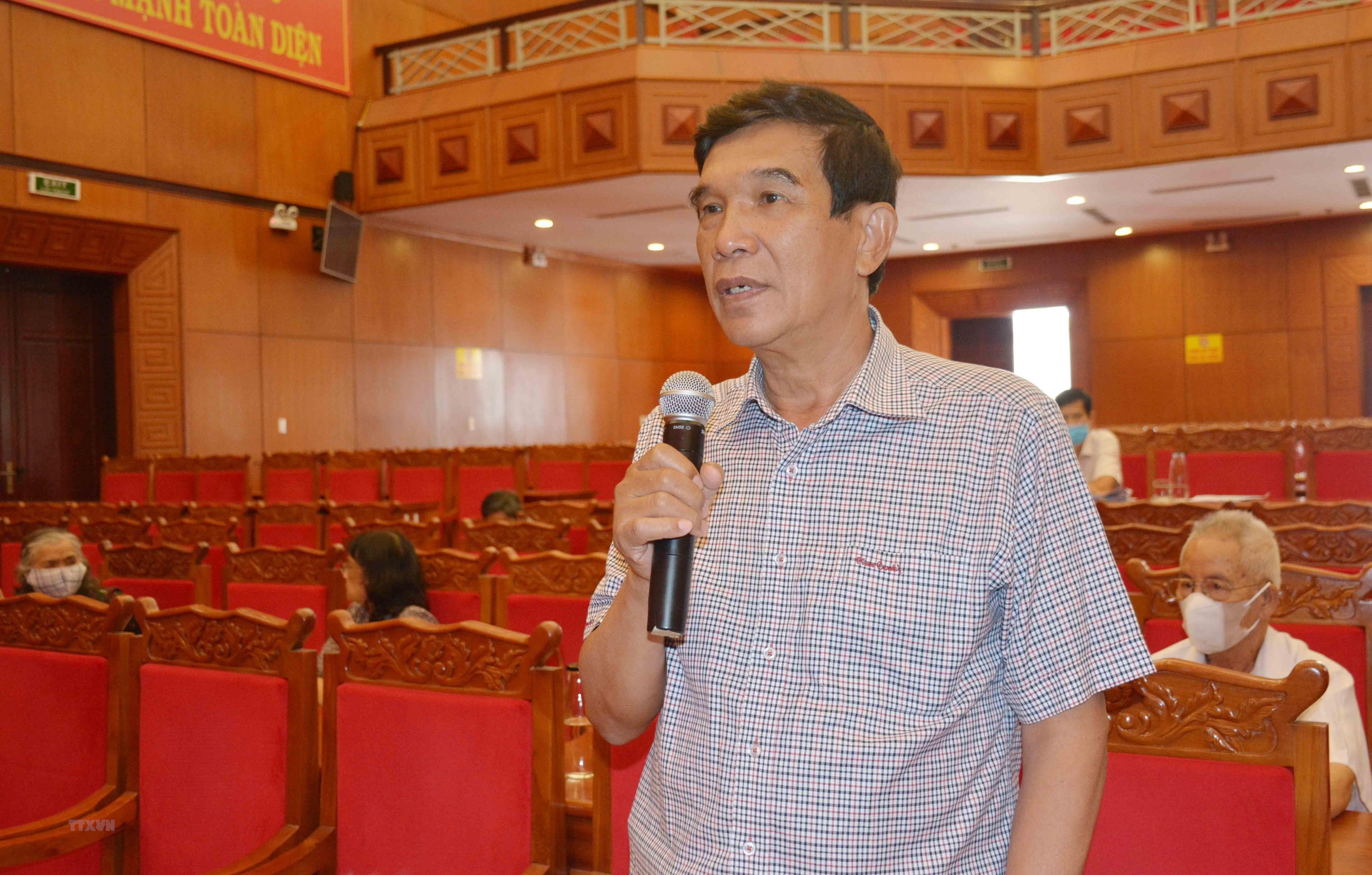 Dak Lak: Gop y vao du thao van kien Dai hoi Dang bo tinh lan thu XVII hinh anh 1