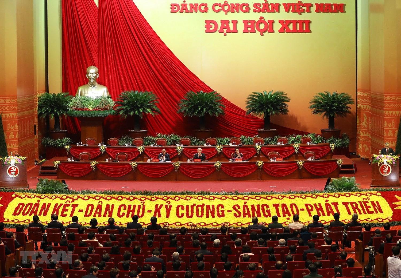 [Photo] Hinh anh phien hop tru bi Dai hoi XIII cua Dang hinh anh 37