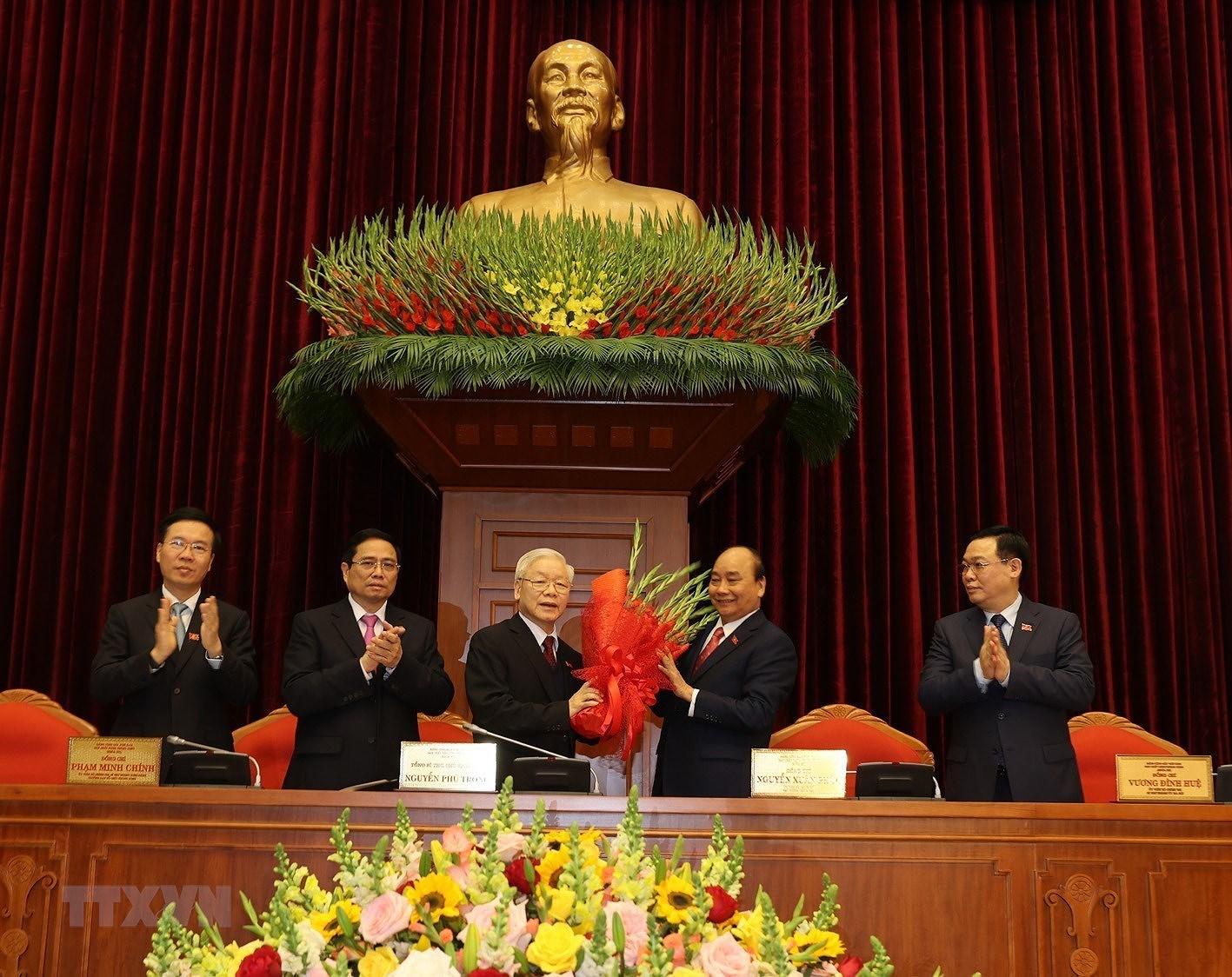 [Photo] Dong chi Nguyen Phu Trong duoc bau lam Tong Bi thu hinh anh 2