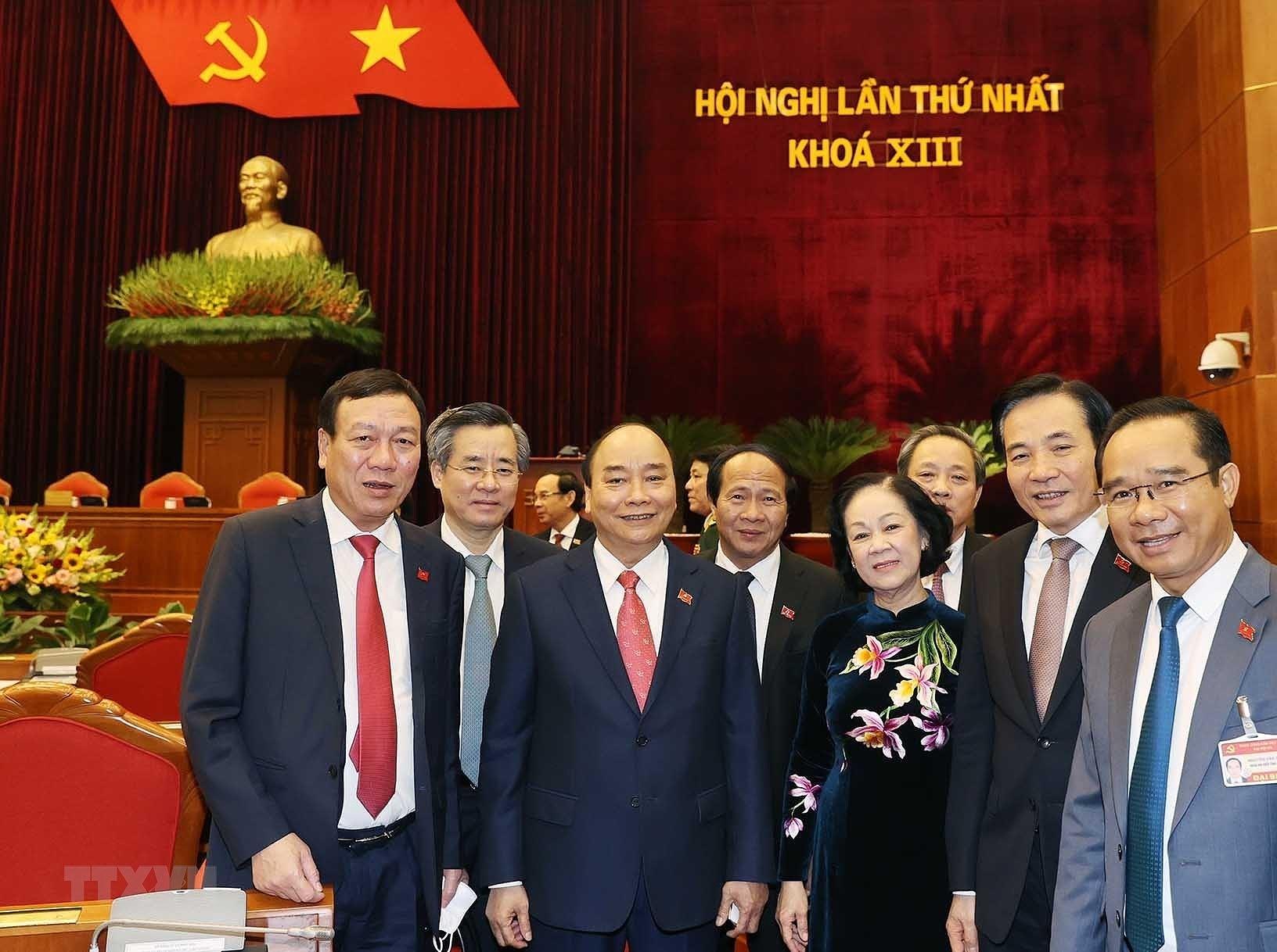 Hinh anh Hoi nghi lan thu nhat Ban Chap hanh Trung uong Dang khoa XIII hinh anh 14