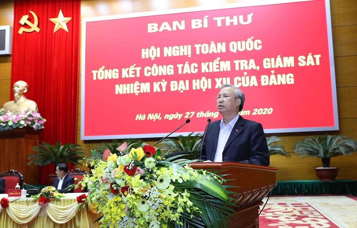 """Tong Bi thu, Chu tich nuoc: """"Can chong tu tuong quyen anh, quyen toi"""" hinh anh 2"""