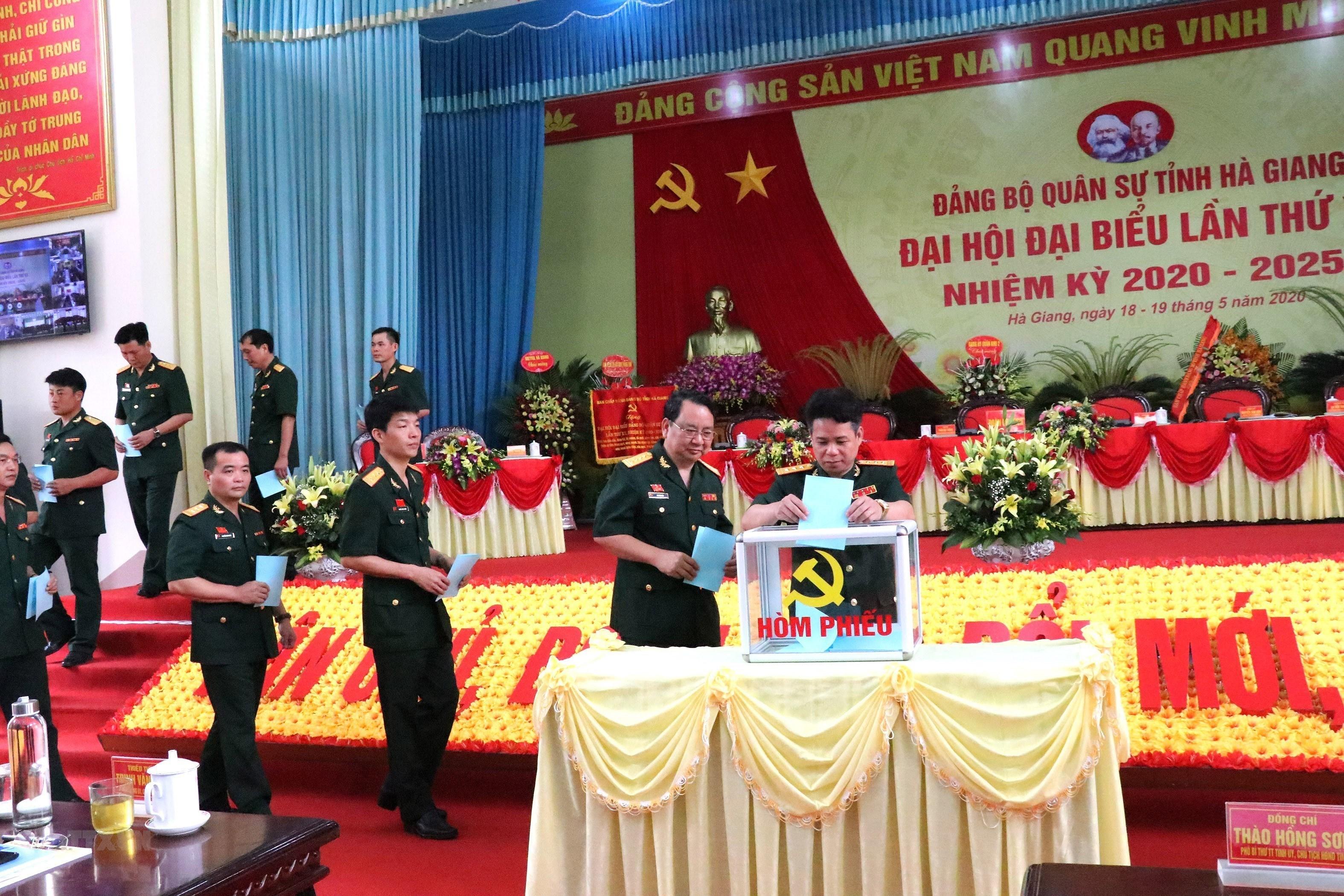 Dai hoi dai bieu Dang bo Quan su tinh Ha Giang nhiem ky 2020-2025 hinh anh 2