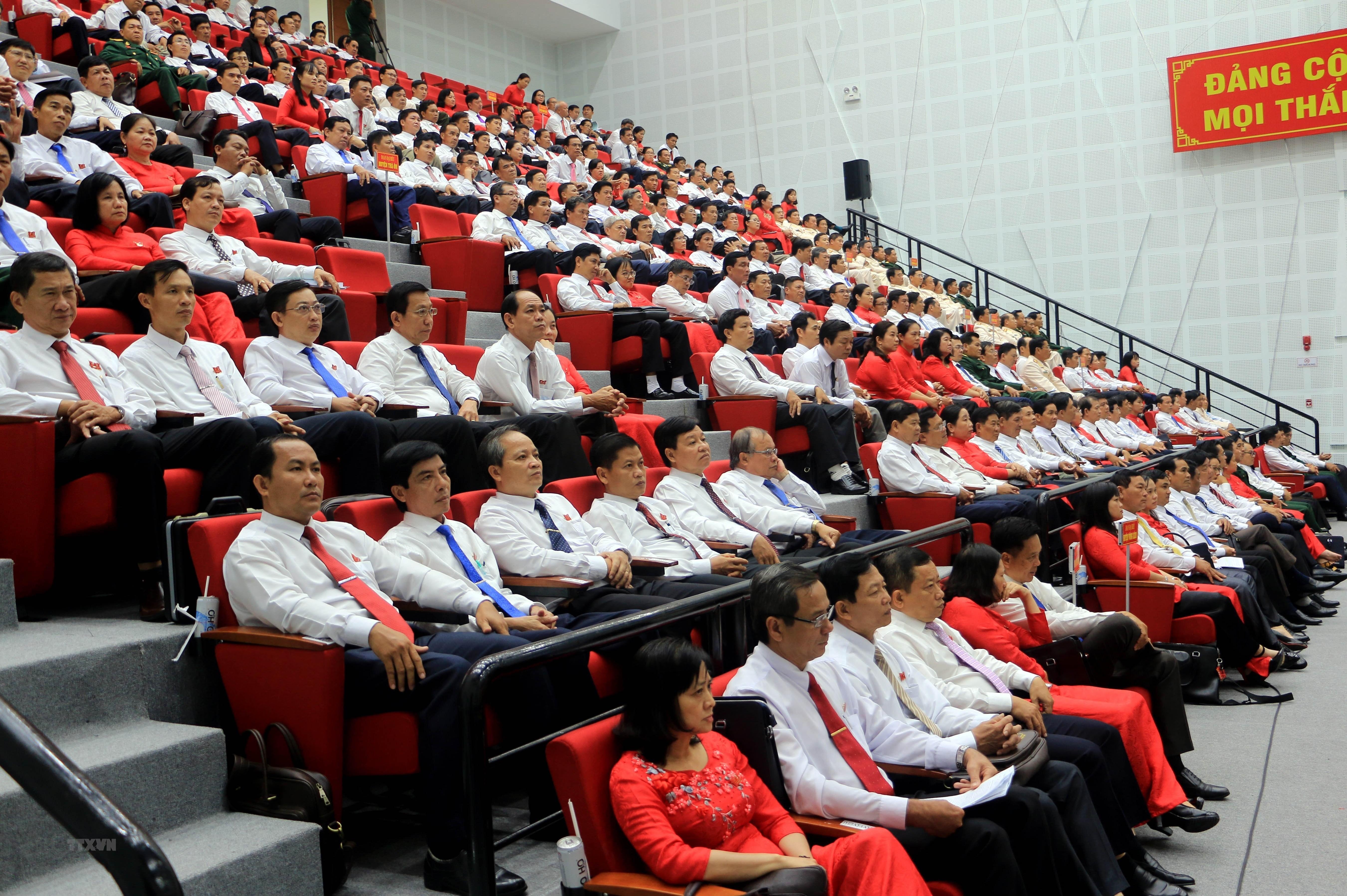 [Photo] Khai mac Dai hoi Dang bo tinh Vinh Long nhiem ky 2020-2025 hinh anh 4