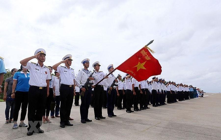 [Photo] Dai hoi Dang XII: Buoc vao ky nguyen hoi nhap va phat trien hinh anh 49