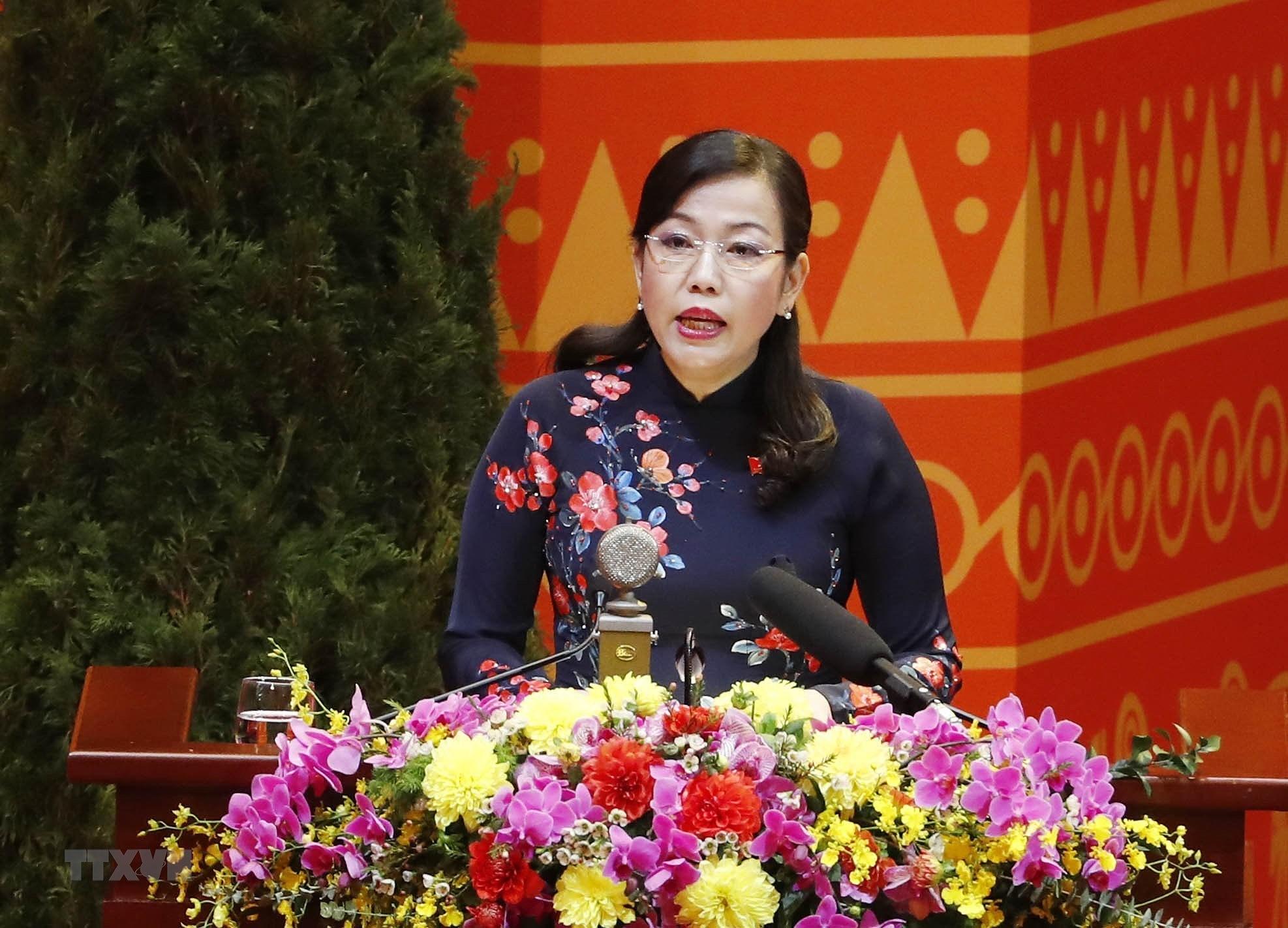 [Photo] Ban Chap hanh Trung uong Dang khoa XIII ra mat Dai hoi hinh anh 5