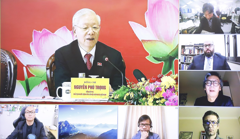 [Photo] Tong Bi thu Nguyen Phu Trong chu tri hop bao sau DH Dang XIII hinh anh 8