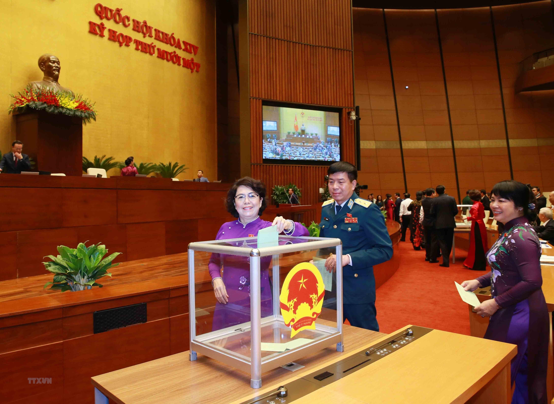 [Photo] Quoc hoi bau Chu tich Quoc hoi nhiem ky 2016-2021 hinh anh 2