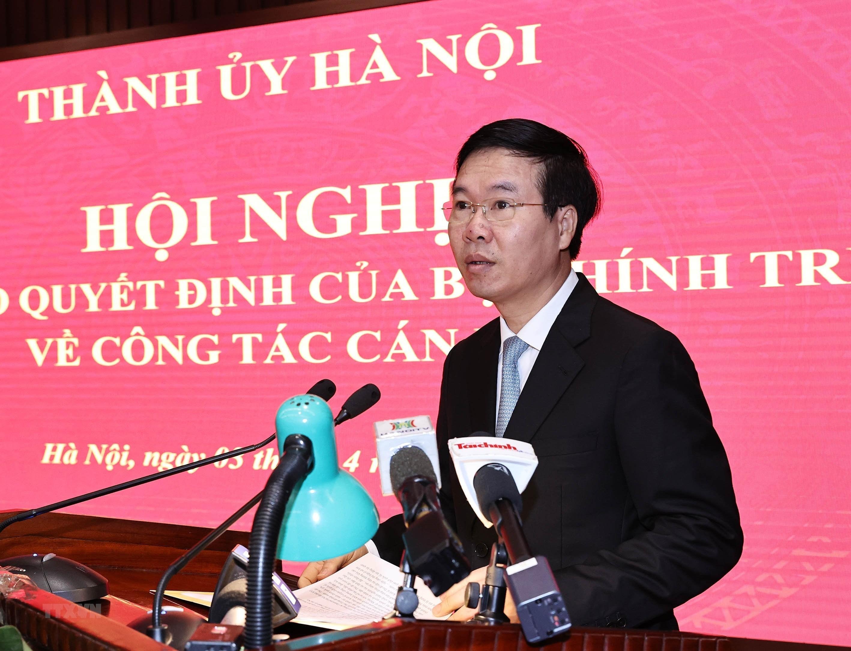 [Photo] Dong chi Dinh Tien Dung giu chuc Bi thu Thanh uy Ha Noi hinh anh 4