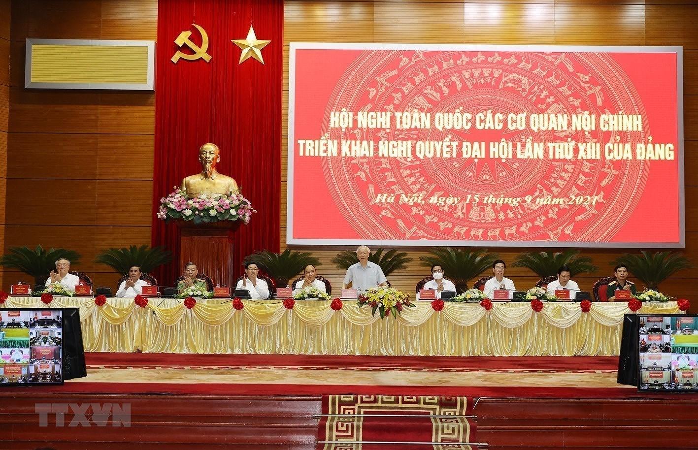 [Photo] Tong Bi thu chu tri Hoi nghi toan quoc cac co quan noi chinh hinh anh 3