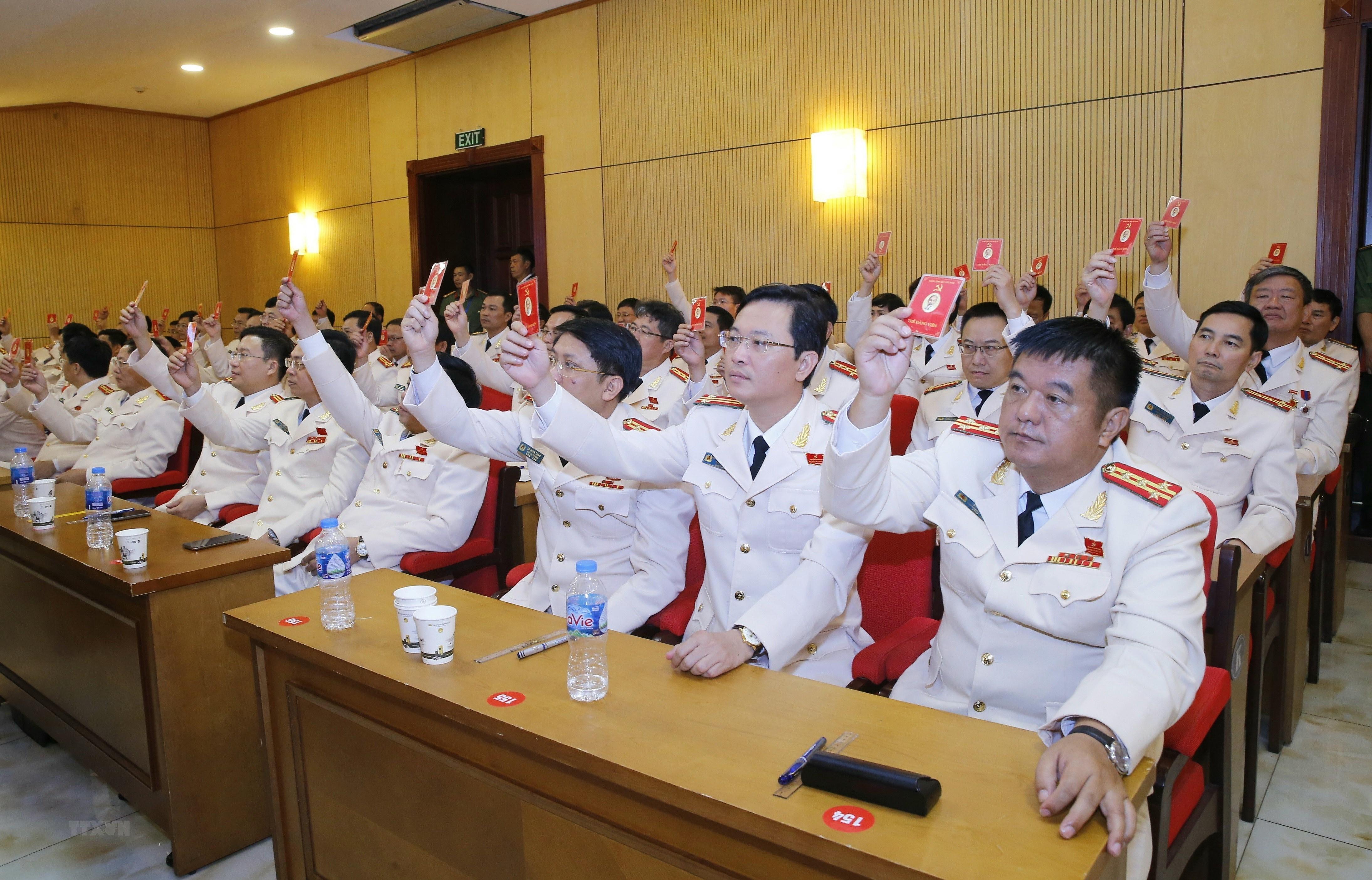 [Photo] Dai hoi dai bieu Dang bo Cong an Trung uong lan thu VII hinh anh 2