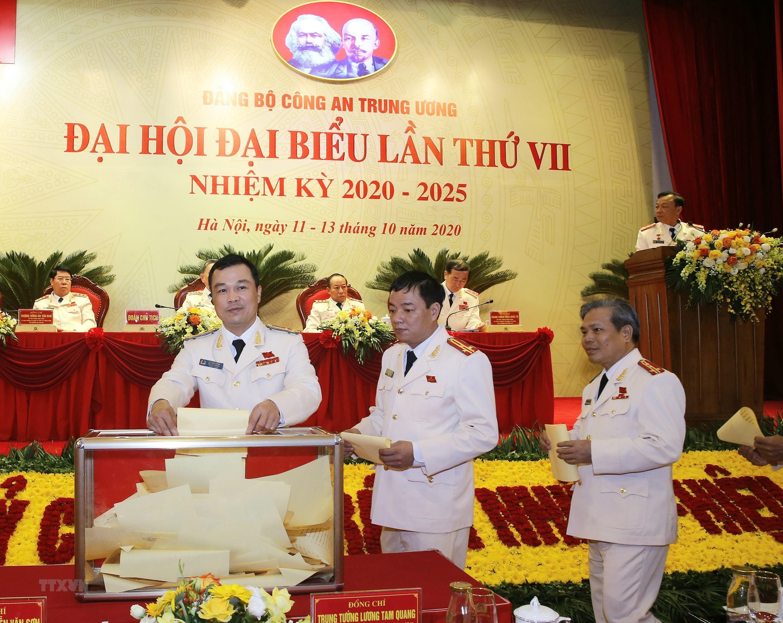 [Photo] Dai hoi dai bieu Dang bo Cong an Trung uong lan thu VII hinh anh 5