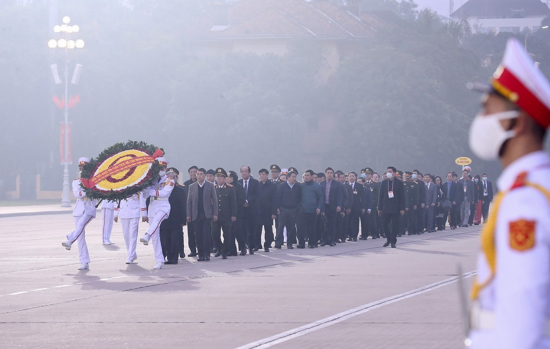 [Photo] Chuong trinh tong duyet Dai hoi toan quoc lan XIII cua Dang hinh anh 2