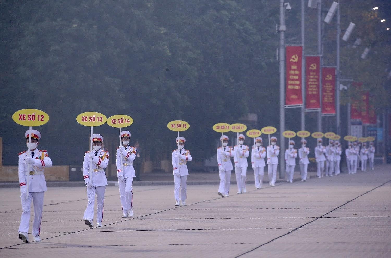 [Photo] Chuong trinh tong duyet Dai hoi toan quoc lan XIII cua Dang hinh anh 4