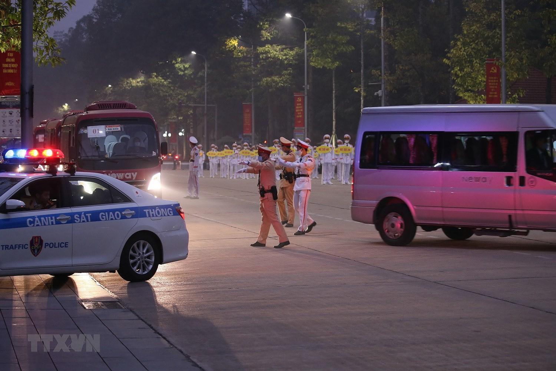 [Photo] Chuong trinh tong duyet Dai hoi toan quoc lan XIII cua Dang hinh anh 13