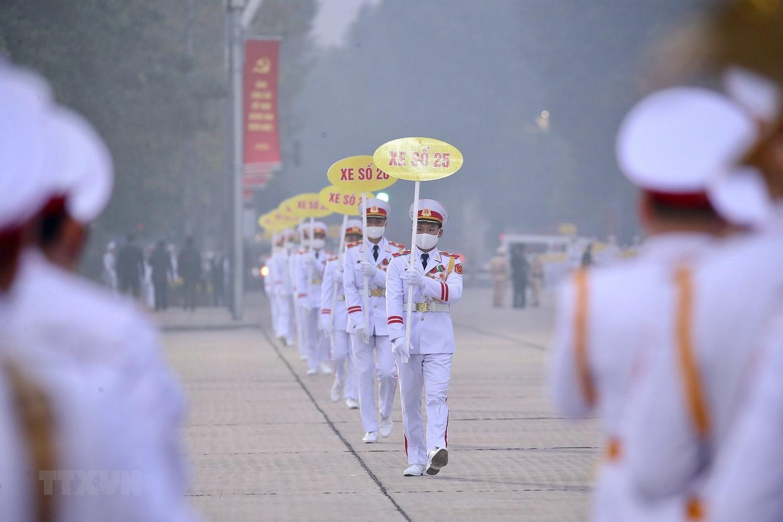 [Photo] Chuong trinh tong duyet Dai hoi toan quoc lan XIII cua Dang hinh anh 5