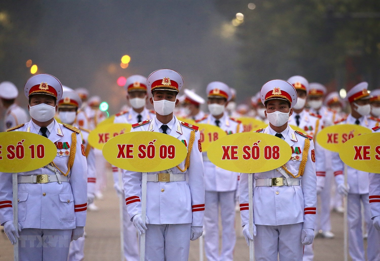 [Photo] Chuong trinh tong duyet Dai hoi toan quoc lan XIII cua Dang hinh anh 18