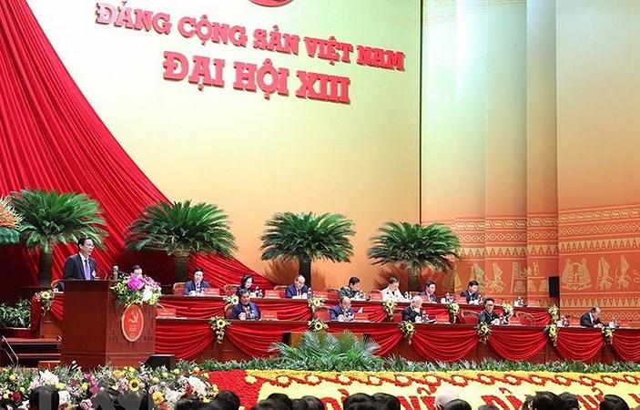 Nhin lai Dai hoi XIII: Bai ban, chat che trong lua chon can bo hinh anh 1