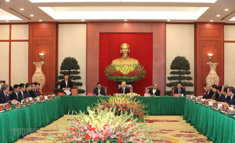 Bo Chinh tri, Ban Bi thu gap mat than mat cac dong chi nguyen lanh dao hinh anh 20