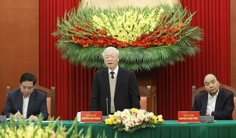 Bo Chinh tri, Ban Bi thu gap mat than mat cac dong chi nguyen lanh dao hinh anh 7
