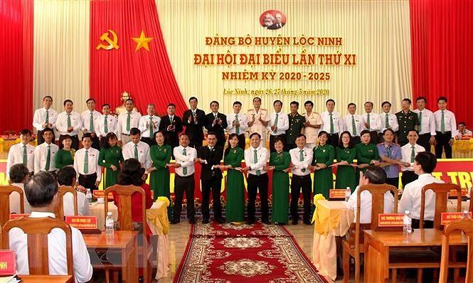 Binh Phuoc: Dai hoi diem Bi thu kiem Chu tich UBND huyen Loc Ninh hinh anh 2