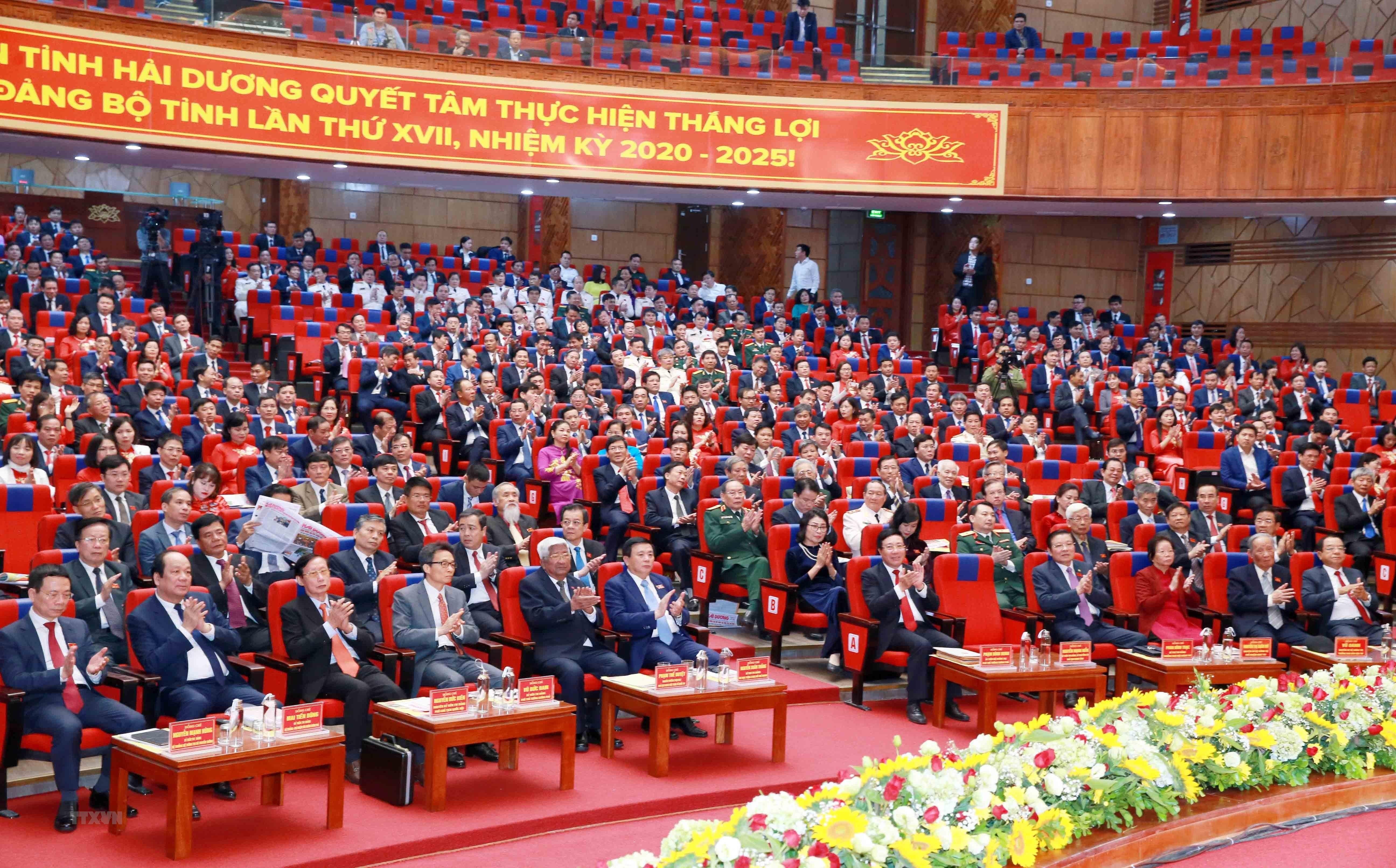 [Photo] Dai hoi dai bieu Dang bo tinh Hai Duong lan thu XVII hinh anh 8
