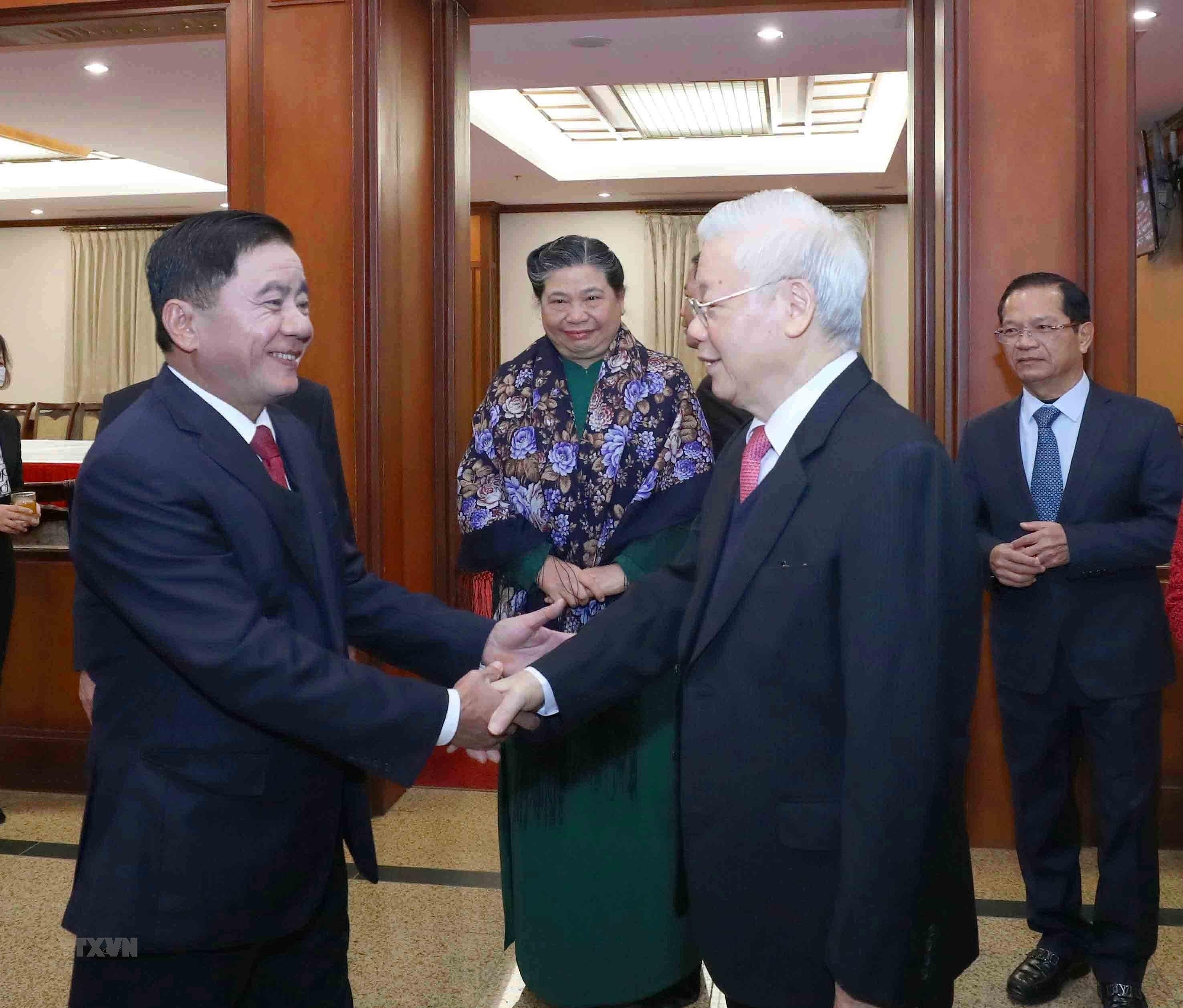 Hinh anh Be mac Hoi nghi lan thu 14 Ban Chap hanh Trung uong Dang hinh anh 13