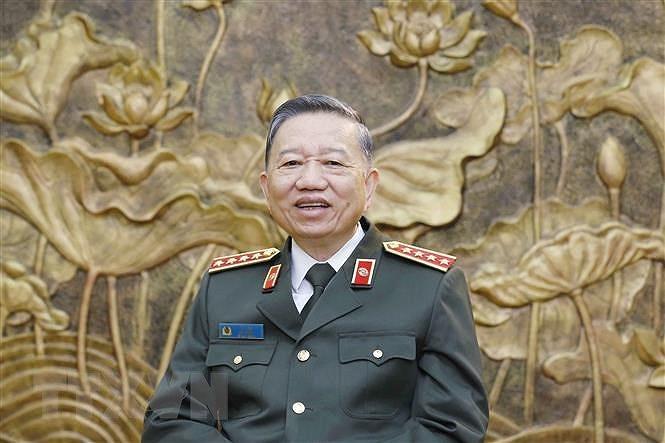Dai hoi Dang XIII: Bao dam cuoc song binh yen, hanh phuc cua nhan dan hinh anh 1