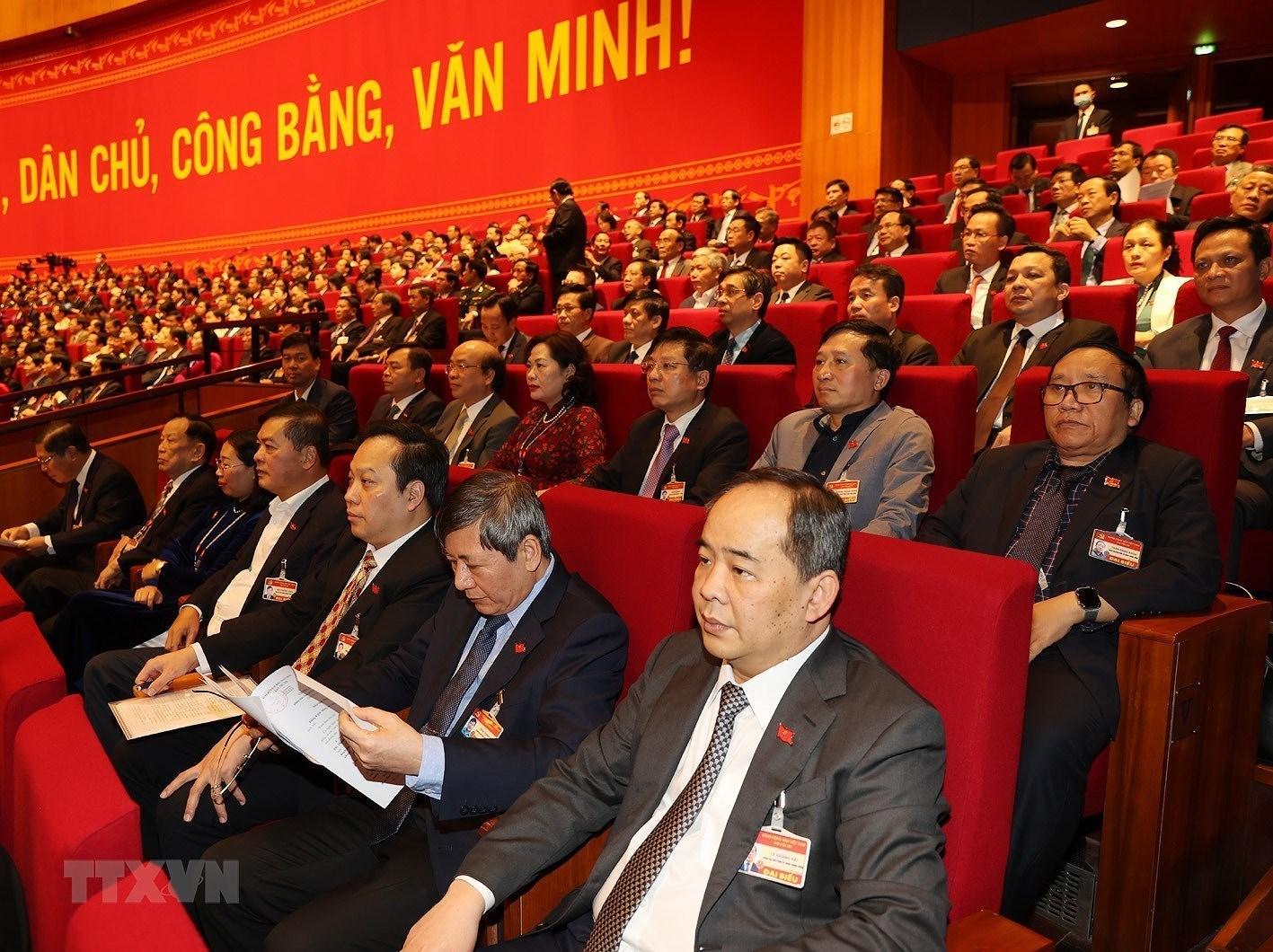 [Photo] Quang canh phien thao luan cac van kien Dai hoi XIII cua Dang hinh anh 10