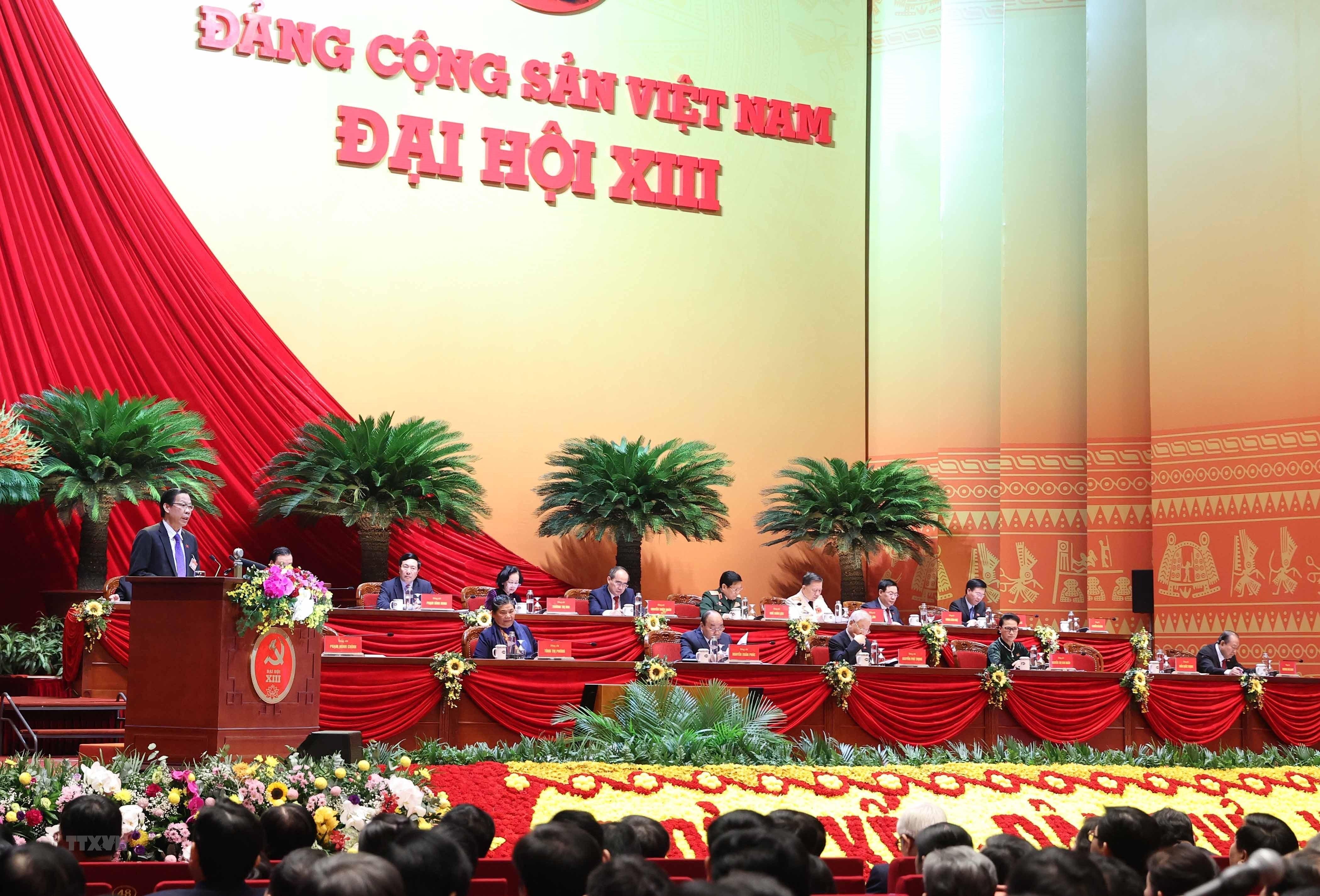 [Photo] Quang canh phien thao luan cac van kien Dai hoi XIII cua Dang hinh anh 2
