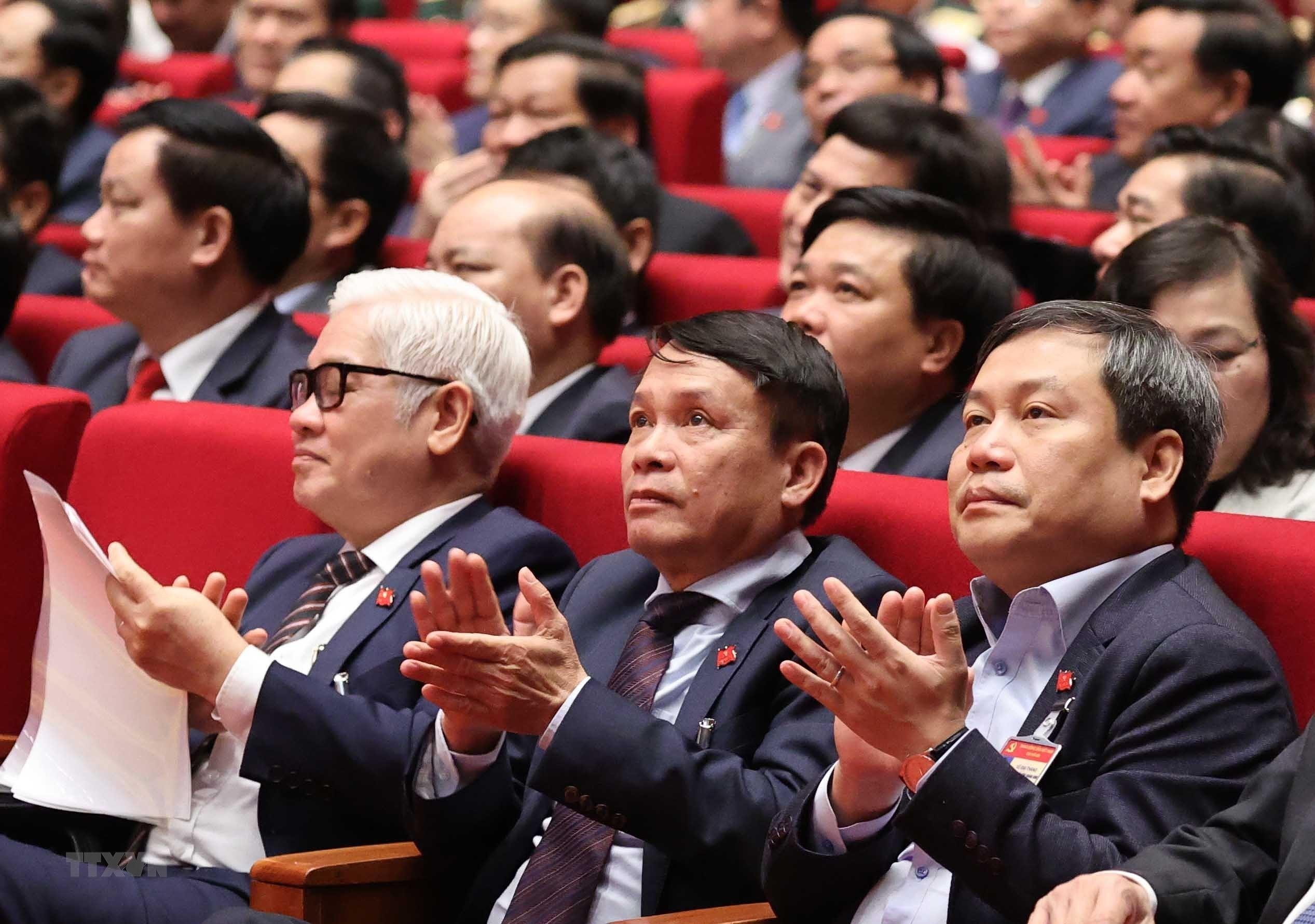 [Photo] Quang canh phien thao luan cac van kien Dai hoi XIII cua Dang hinh anh 31