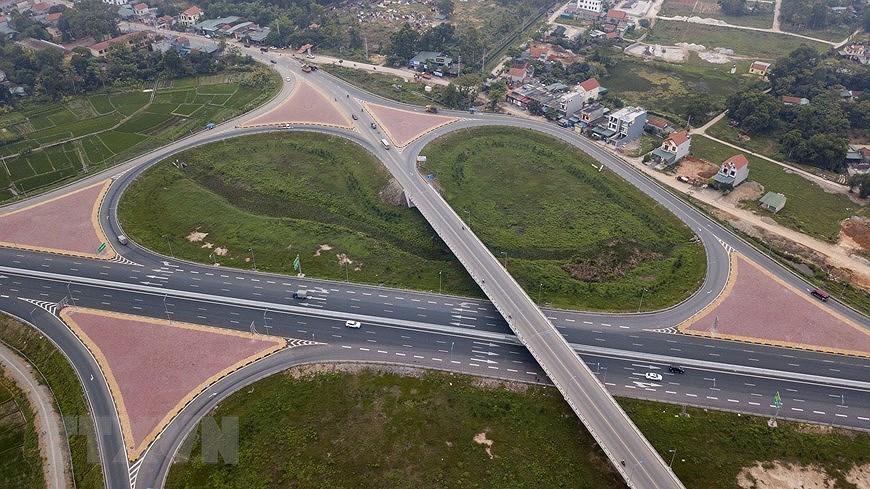 组图:海防-广宁高速公路:连接经济三角区经济三角发展的轴线 hinh anh 1