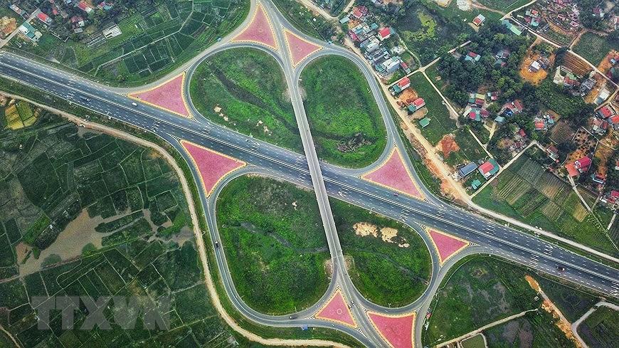 组图:海防-广宁高速公路:连接经济三角区经济三角发展的轴线 hinh anh 6