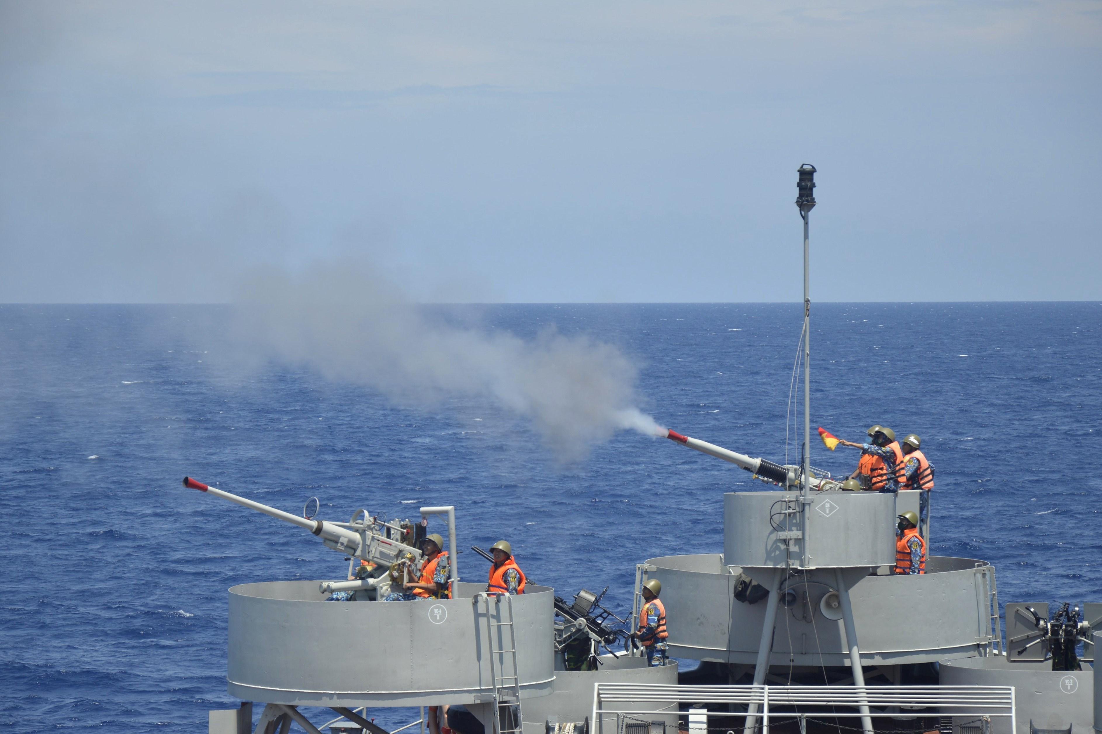 组图:海军二号司令部着力加强海上训练工作 hinh anh 4