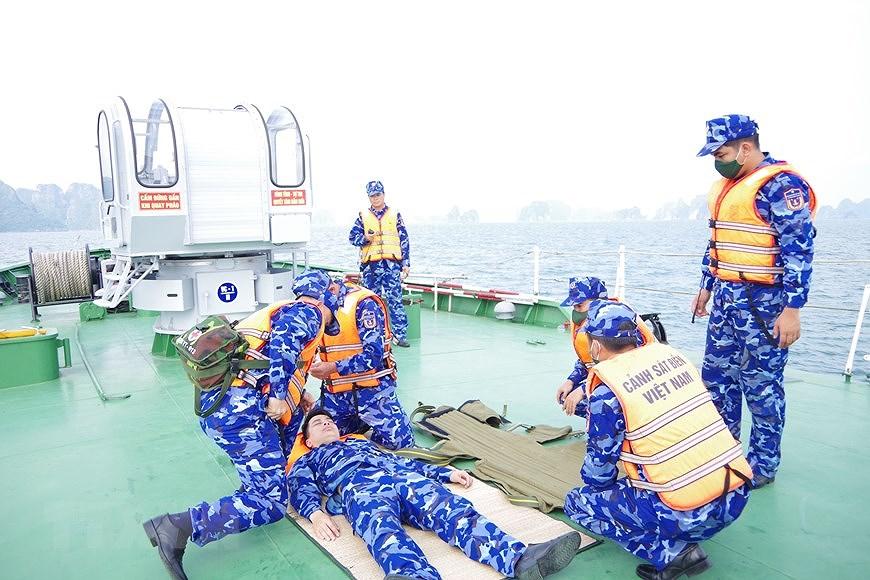 组图:海警第一区举行海上训练 hinh anh 3