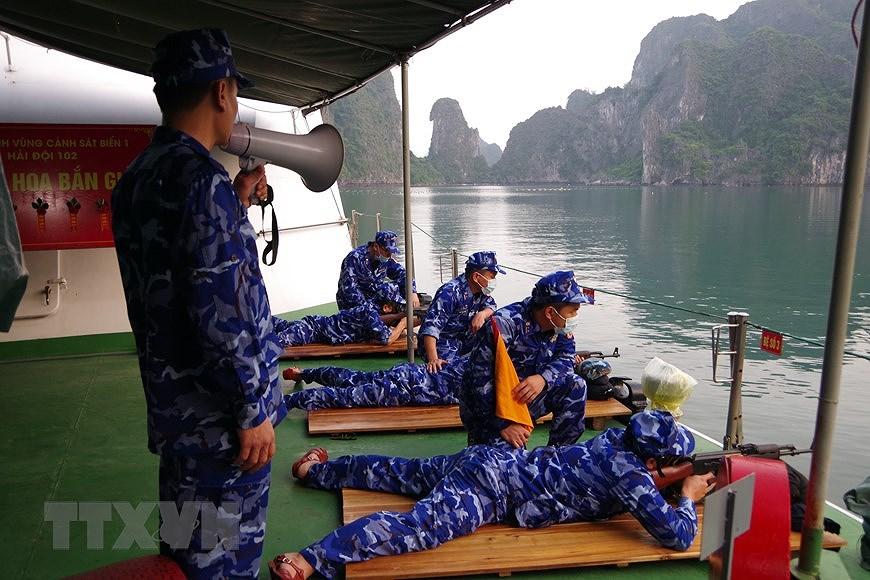 组图:海警第一区举行海上训练 hinh anh 8
