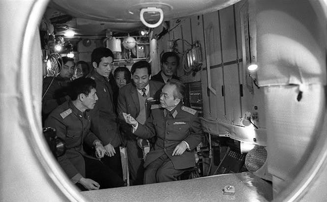 组图:武元甲大将——胡志明主席出色学生、越南民族传奇将领 hinh anh 6