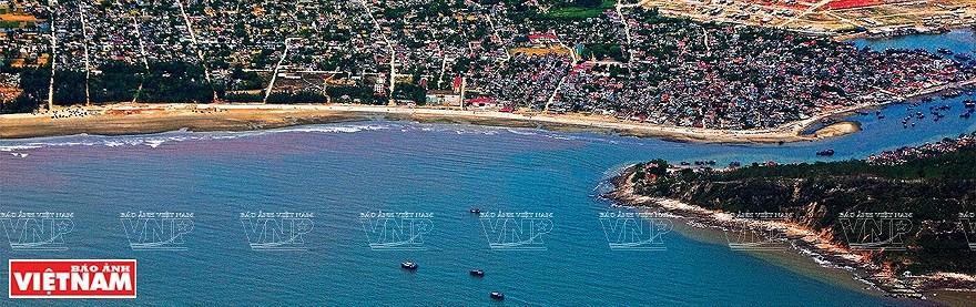 组图:简青山摄影师的越南海洋岛屿鸟瞰图 hinh anh 9
